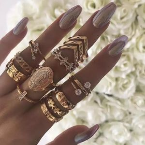 Jewelry - ‼️3 for 20$‼️13 Pcs Set Rings Gold Tone